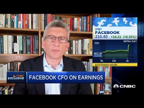 Facebook CFO: 'We had a steep decline in ad revenue in March'