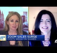 Zoom CFO Kelly Steckelberg on the company's growth rate slowing in Q3